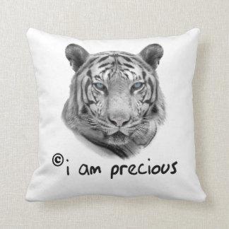 Cojín Decorativo El tigre blanco soy precioso