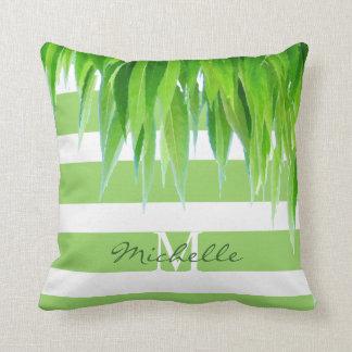 Cojín Decorativo El verde raya el monograma con el toldo verde de