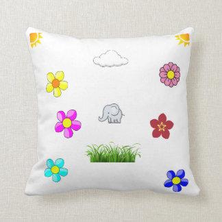 Cojín Decorativo *Elephant y Flowers*