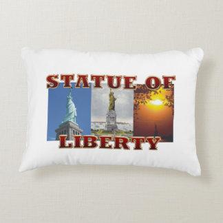 Cojín Decorativo Estatua de ABH de la libertad