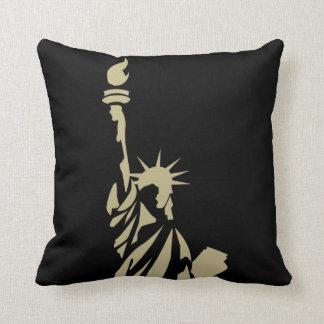 Cojín Decorativo Estatua de la libertad - poema patriótico del
