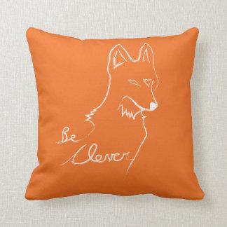 Cojín Decorativo Esté claro, dice el Fox