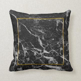 Cojín Decorativo Falso marco de mármol negro de la frontera del oro