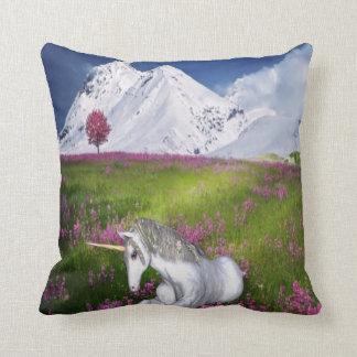 Cojín Decorativo fantasía del unicornio