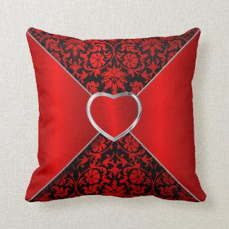 Cojín Decorativo Floral elegante en negro y de color rojo oscuro