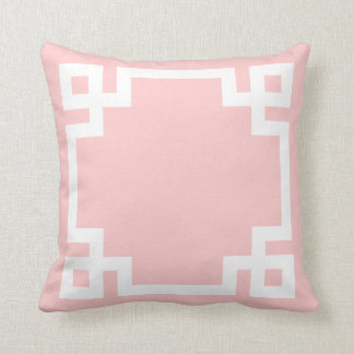 Cojín Decorativo Frontera dominante griega rosa clara y blanca