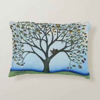 Cojín Decorativo Gato caprichoso de El Cairo en árbol