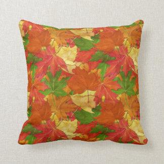 Cojín Decorativo Hojas de otoño coloridas
