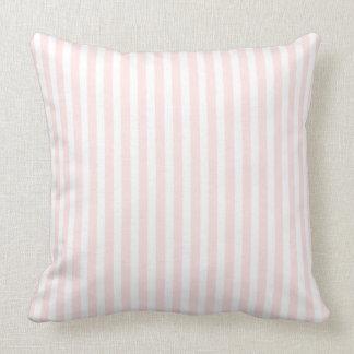 Cojín Decorativo Jessica de encargo rosada y blanca de Charlotte