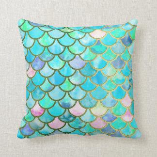 Cojín Decorativo La sirena azul verde azulada de la acuarela de la