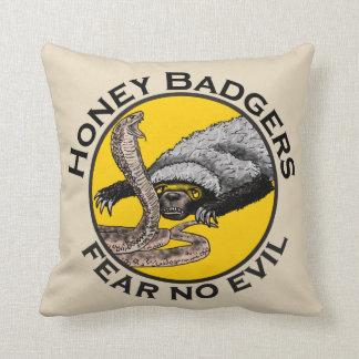 Cojín Decorativo Los tejones de miel no temen ningún diseño animal