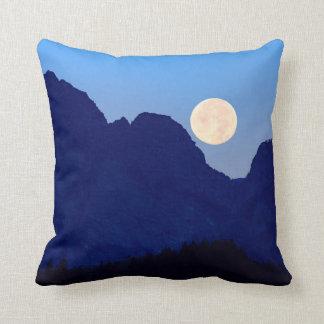 Cojín Decorativo Luna estupenda sobre el Tetons magnífico