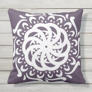 Cojín Decorativo Mandala del ciruelo