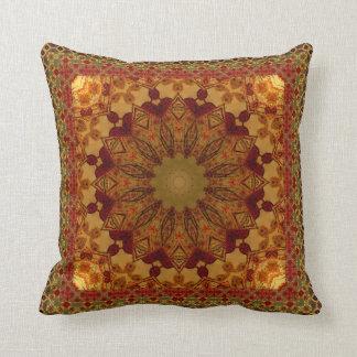 Cojín Decorativo Mandala enmarcada texturizada del moho y del oro
