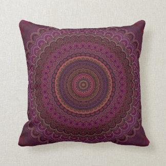 Cojín Decorativo Mandala púrpura oscura