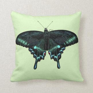 Cojín Decorativo Mariposa realista hermosa