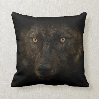 Cojín Decorativo Mirada de las medianoches - fauna negra del animal