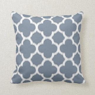 Cojín Decorativo Modelo de mosaico azul gris elegante de Ikat