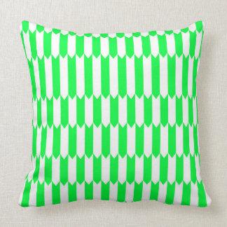 Cojín Decorativo Modelo geométrico verde y blanco
