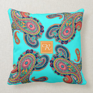Cojín Decorativo Monograma brillante de Paisley de la aguamarina