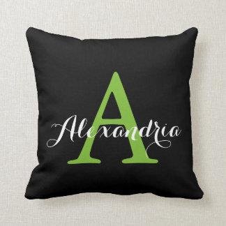 Cojín Decorativo Monograma verde claro neutral negro del color