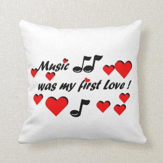 Cojín Decorativo Music que my first Love
