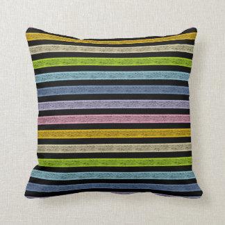 Cojín Decorativo Negro en colores pastel resumido del arco iris de