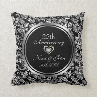 Cojín Decorativo Negro y 25to aniversario de boda de la plata