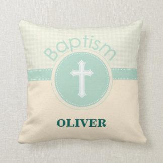 Cojín Decorativo Niño del bautismo de dios, verde neutral del