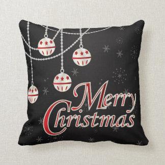 Cojín Decorativo Ornamentos blancos y rojos del navidad en negro