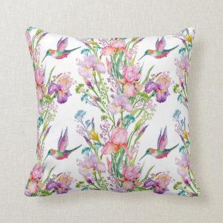 Cojín Decorativo Pájaros rosados blancos de la lavanda del colibrí