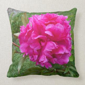 Cojín Decorativo Peony rosado radiante