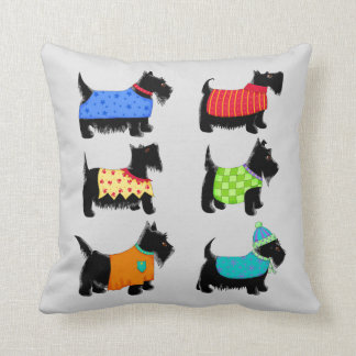 Cojín Decorativo Perros negros de Terrier del escocés grises o