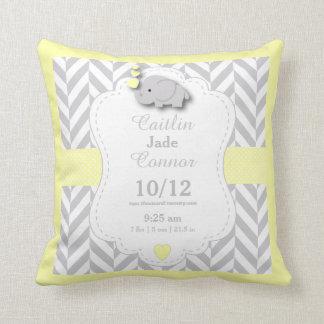 Cojín Decorativo Personalice - el elefante amarillo, gris y blanco