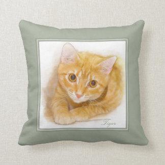 Cojín Decorativo Pintura anaranjada del gato de Tabby
