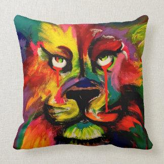 Cojín Decorativo Pintura brillantemente coloreada hermosa del león