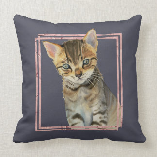 Cojín Decorativo Pintura del gato de Tabby con el falso marco color
