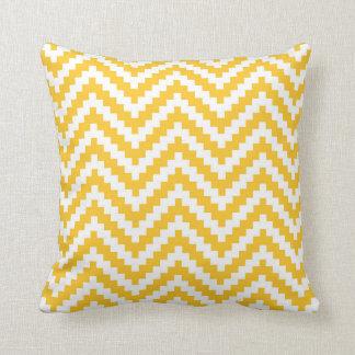 Cojín Decorativo Raya del bloque de Chevron del zigzag en amarillo