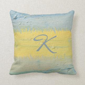 Cojín Decorativo Raya del regalo con monograma de la luz del sol