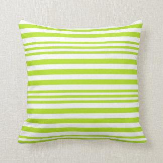 Cojín Decorativo Rayas del verde lima y blancas X 3