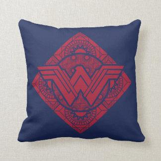 Cojín Decorativo Símbolo amazónico de la Mujer Maravilla