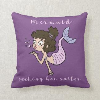 Cojín Decorativo Sirena que busca a sus señoras lindas del marinero