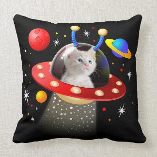 Cojín Decorativo Su gato en una escena extranjera del UFO Sci Fi de