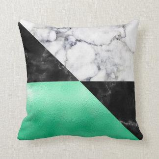 Cojín Decorativo Triángulos de mármol blancos del negro gris mínimo