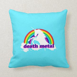 Cojín Decorativo Unicornio divertido y arco iris del metal de la