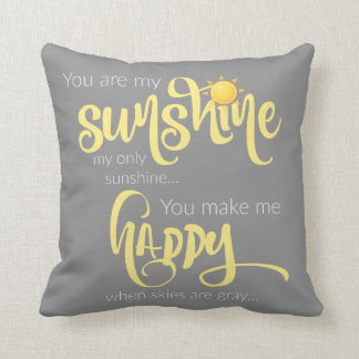 Cojín Decorativo Usted es mi sol; amarillo en gris, con el galón