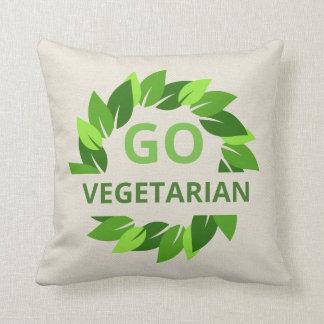 Cojín Decorativo Va el vegetariano, vegano, moreno de las hojas del