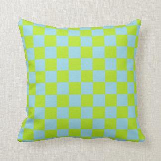 Cojín Decorativo Verde lima a cuadros y azul en colores pastel