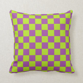 Cojín Decorativo Verde lima a cuadros y púrpura
