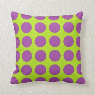 Cojín Decorativo Verde lima púrpura de los lunares